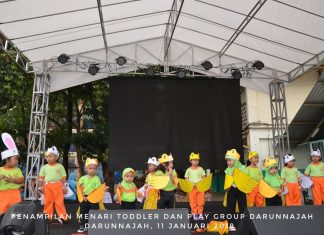 Penampilan Meanari Kolaborasi Toddler dan Play Group Darunnajah