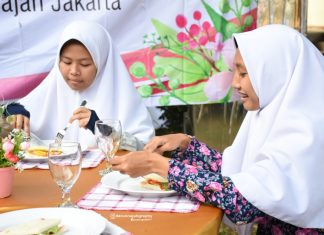 Training Table Manner Santriwati Darunnajah